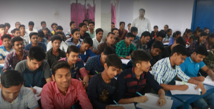 Top Physics Coaching In Kankarbagh